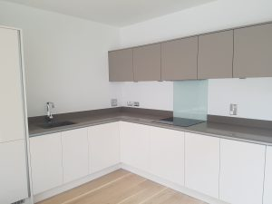 End of tenancy cleaning in  Addiscombe, CR0 postcode area, Croydon