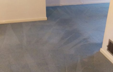Steam carpet cleaning in CR0 area on living and dining room, double bedroom, hallway and toilet, Cotelands, Croydon