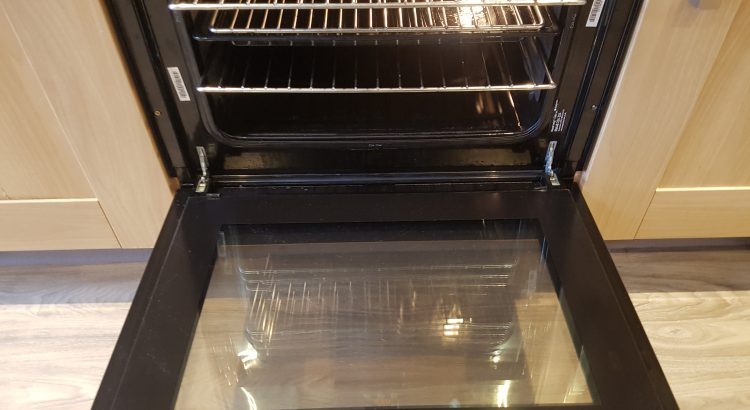Oven cleaning in Bickley, BR1 postcode area