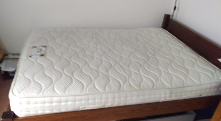 Mattress cleaning in Betchowrth, RH3 postcode area