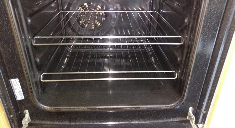 Oven cleaning in Lambeth,SE21 postcode area